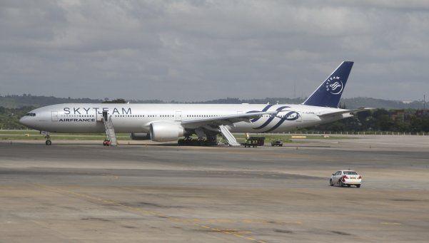 Hallan un dispositivo sospechoso en avión de Air France