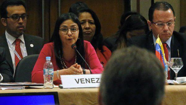 Quién es Delcy Rodríguez, la canciller que le respondió a Macri