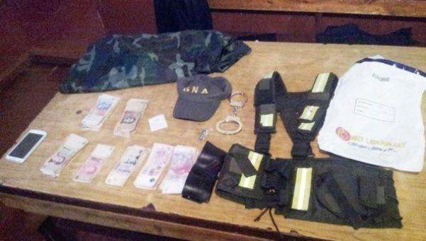 Se hacían pasar por gendarmes para robar en falsos controles viales