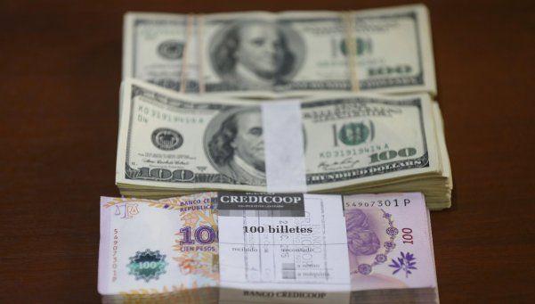 El dólar cerró estable a $13,30