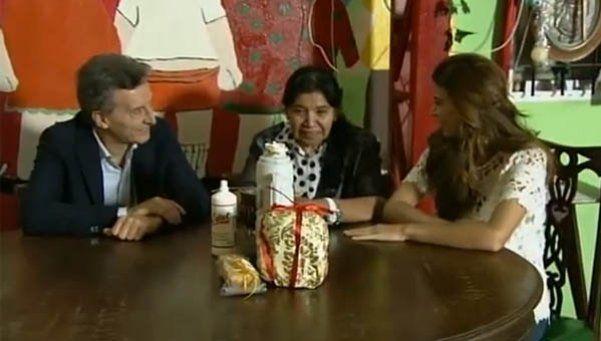 Macri visitó a Margarita Barrientos y dejó un mensaje navideño