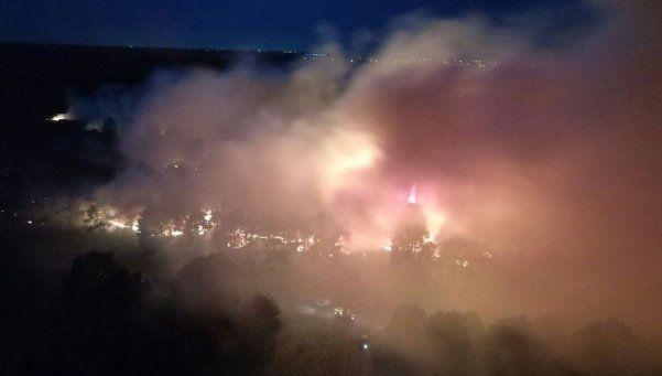 Feroz incendio en una reserva forestal en Mar del Plata
