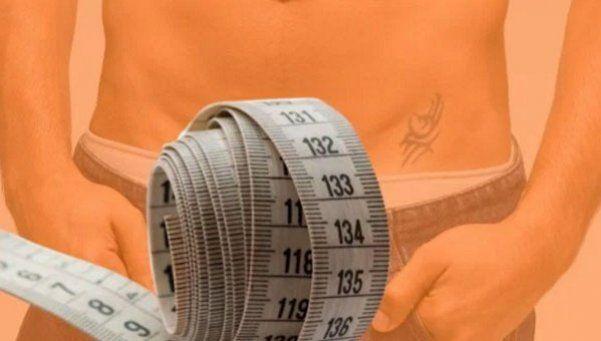 Médicos reparten cintas métricas para medir penes