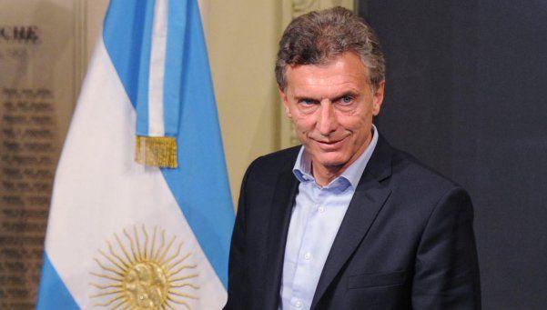 Macri viaja a Suiza y proyecta una reunión con Obama