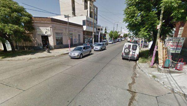Quilmes: atropelló a motociclista, lo mató y huyó