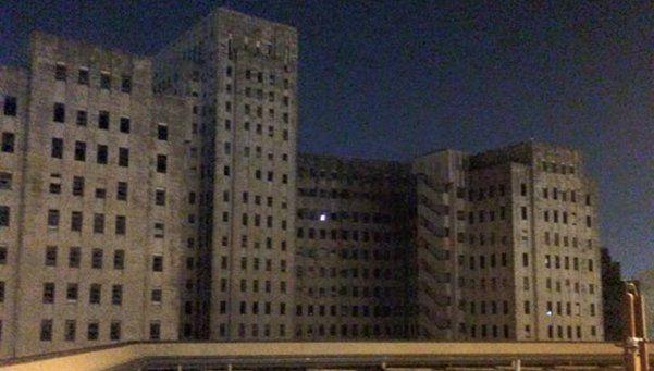 Fantasma en hospital abandonado atormenta a Nueva Orleans