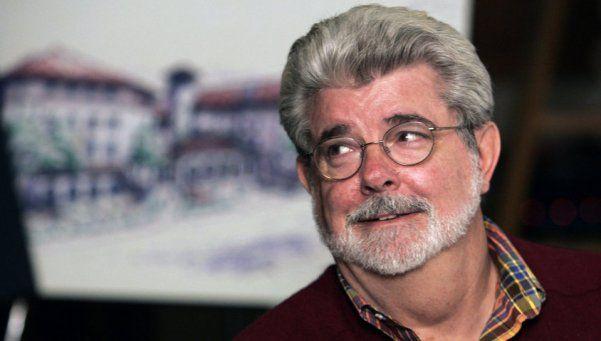 Lucas sobre la nueva Star Wars: Se la vendí a esclavistas blancos