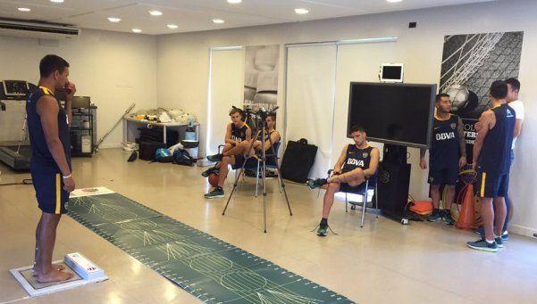 Con Tevez y Calleri, Boca volvió a los entrenamientos
