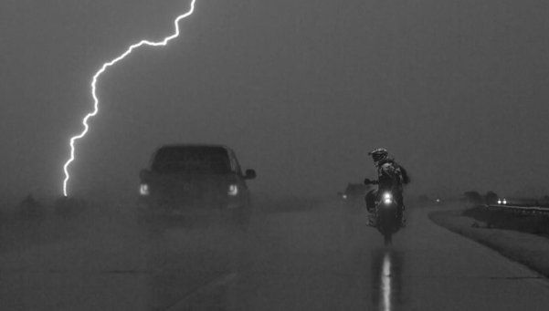 La lluvia complicó el Dakar y se suspendió la primera fase cronometrada
