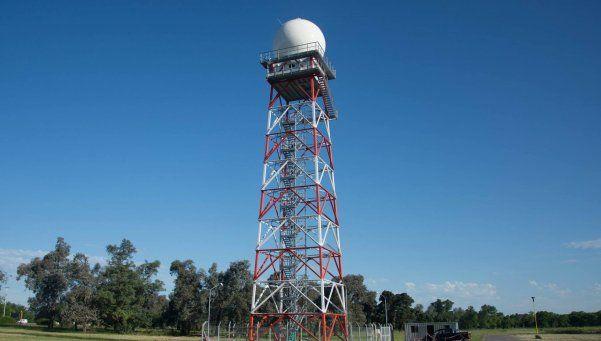 Funciona en Ezeiza primer radar meteorológico fabricado por INVAP