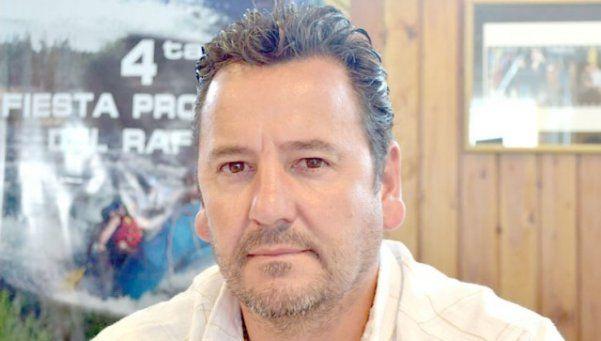 Chubut: intendente asegura haber pagado sueldos de su bolsillo