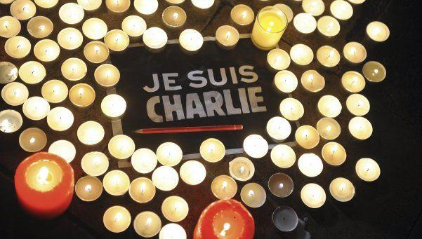 En el primer aniversario del atentado a Charlie Hebdo, Francia reflexiona