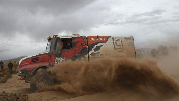 Con Villagra a la cabeza en camiones, el Dakar llega a su sexta etapa