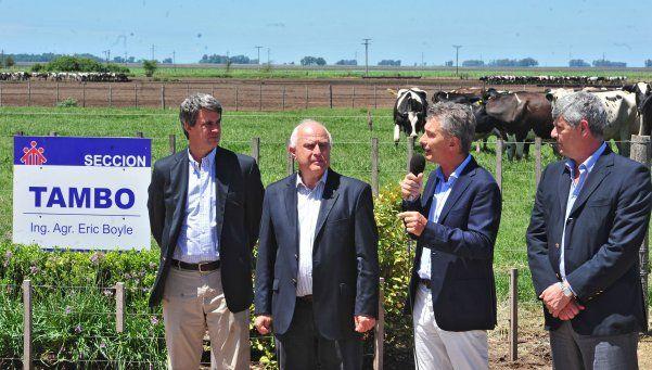 Macri anunció convenio con sector lechero