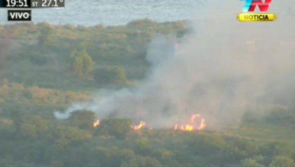 Un incendio afectó a la Reserva Ecológica de Costanera Sur