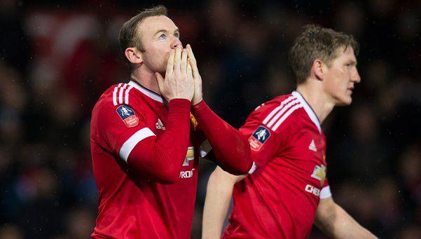 Manchester United zafó del papelón en el debut de la FA Cup