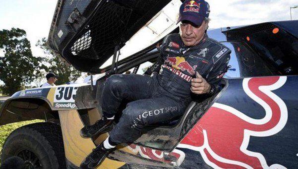 Dakar: Sainz echa por tierra sus ilusiones en la competencia
