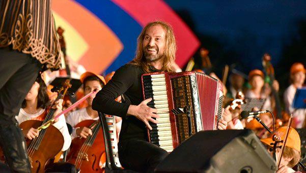 Vienen Sonando: a puro Folklore en Corrientes y Catamarca