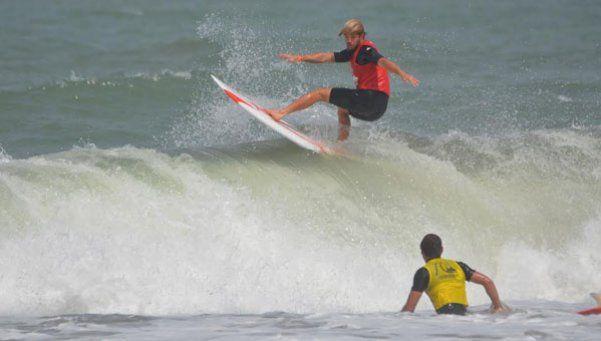 Homenaje a las leyendas del surf
