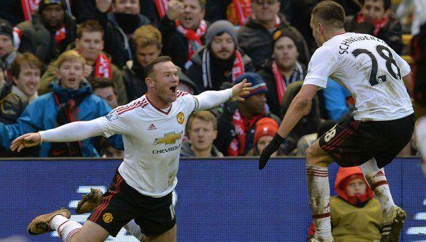 El United se impuso en Liverpool y sumó tres puntos clave