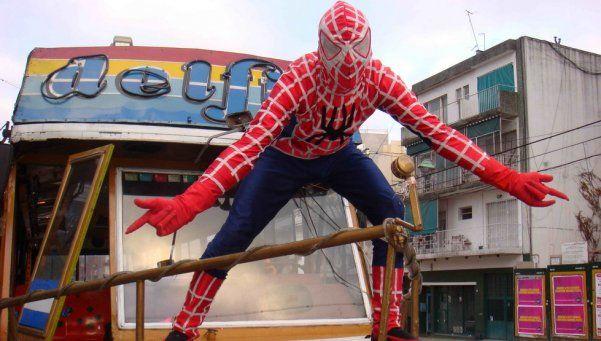 Estudio serio revela por qué no podemos convertirnos en Spiderman