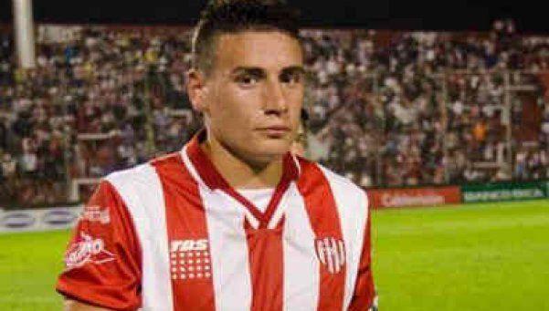 Mauricio Martínez quiere, pero está muy lejos del Rojo