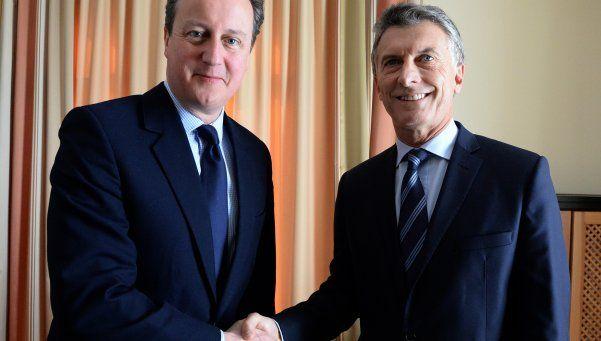 Macri se reunió con David Cameron en Davos
