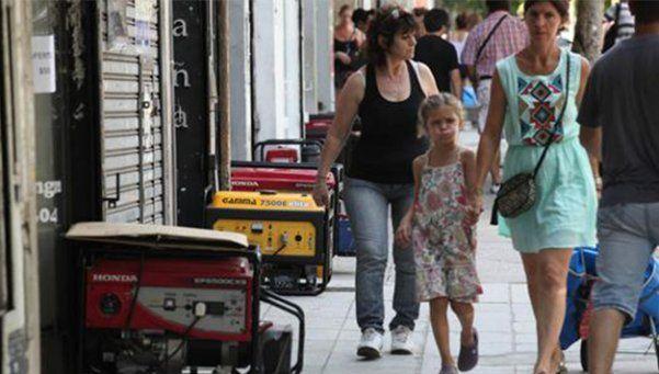 Más de 40 mil hogares continúan sin luz en el Conurbano