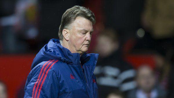 El United perdió y las horas de van Gaal están contadas