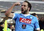 De la mano de Higuaín, Napoli quiere seguir con el ritmo ganador