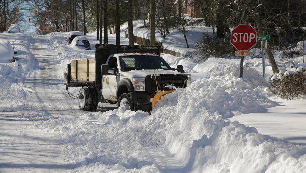 EEUU regresa a la rutina tras la nevada que dejó 29 muertos