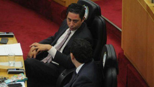 Legislador del PJ intentó evadir un control policial y fue detenido
