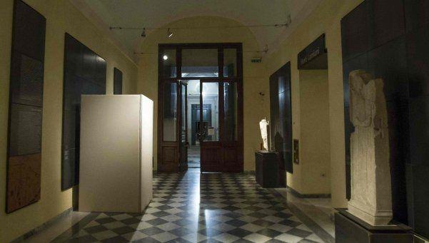 Roma: tapan las estatuas con desnudos por visita de premier iraní