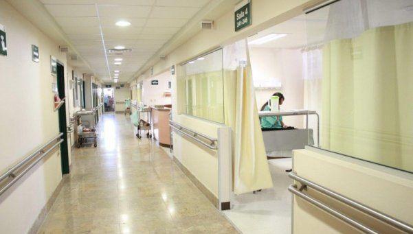Detienen a cirujano estafador que cobraba sobreprecios a pacientes