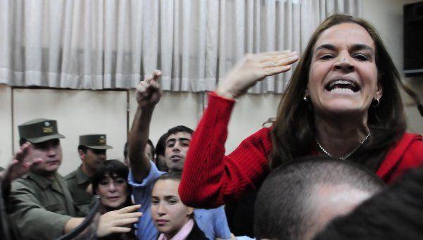 Pando alimentó la polémica de Lopérfido sobre los desaparecidos