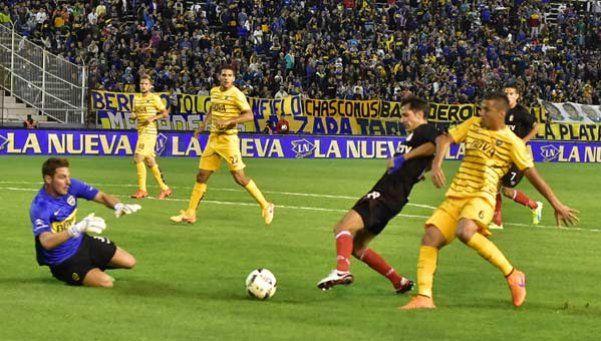 Boca cayó ante el Pincha y todavía no pudo ganar en el verano