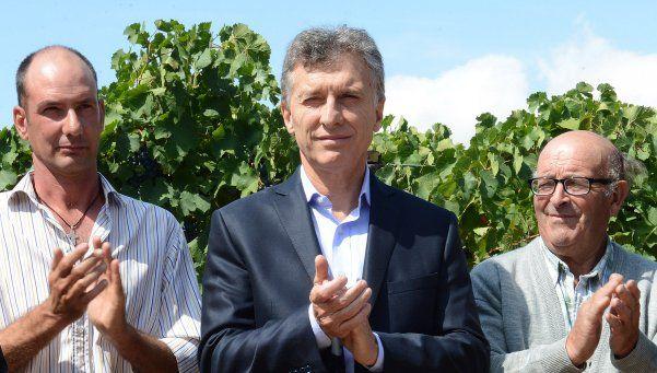 Macri anunció subsidios al sector vitivinícola en Mendoza