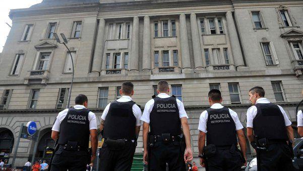 Un detenido en Retiro, en nuevo desalojo a manteros