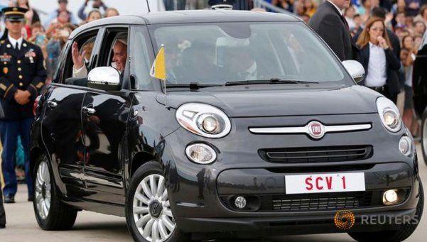 Un auto que usó Francisco en EEUU se subastó por U$S 82 mil