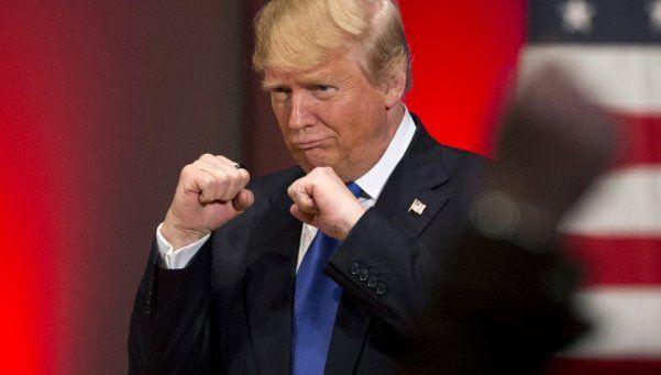 La nueva de Trump: pidió que noqueen a los que le tiran tomates