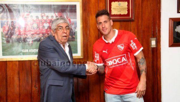 Denis firmó con Independiente y tuvo su primer entrenamiento
