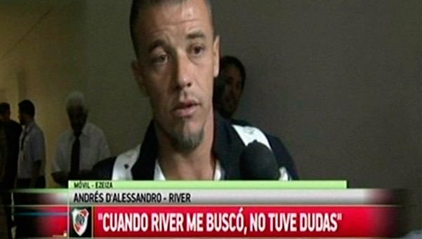 DAlessandro llegó al país, habló y se puso a disposición de Gallardo