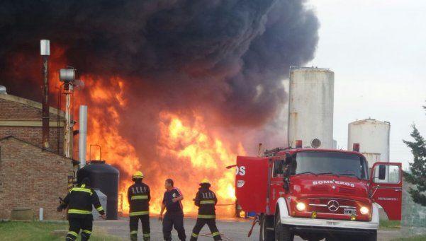 Feroz incendio en Florencio Varela