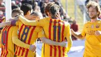 El Barcelona no brilló, pero ganó en Levante y sigue en lo más alto