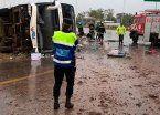Micro volcó en Entre Ríos: hay cinco muertos y 50 heridos