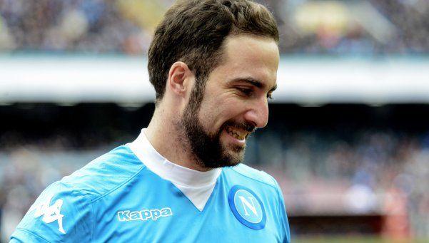 Confirmado por los clubes: Higuaín pasa de Napoli a Juventus