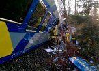 Alemania: ocho muertos y decenas de heridos en choque de trenes