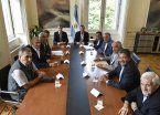 Macri sentó, por primera vez a una misma mesa, a la cúpula cegetista