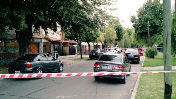 Asesinan de siete balazos a policía durante intento de robo