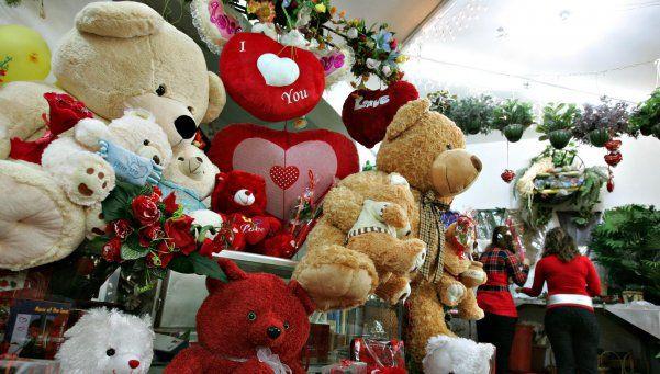 San Valentín tendrá regalos de entre 200 y 400 pesos